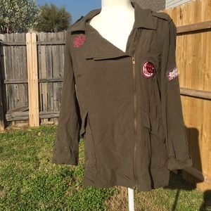 Light Weight Jacket with Patches   Sz: M